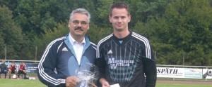 RSV-Torwart Joachim Netsch für 250 Spiele geehrt