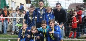 Jüngerer E-Junioren-Jahrgang überzeugt bei Turnier in Buseck