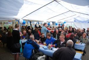 Read more about the article Büblingshausen feiert Oktoberfest