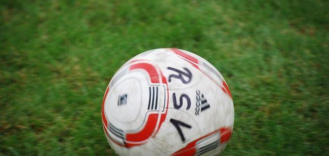 Fußball am Wochenende: B-Jugend-Spitzenspiel, Kreispokal und B-Liga-Auftakt