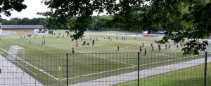 Read more about the article Merck-Lilien-Camp beendet – Fast 60 Kinder gehen mit DFB-Fußball-Abzeichen nach Hause