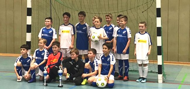 500 Kinder beim RSV-Hallencup 2017 powered by real,-