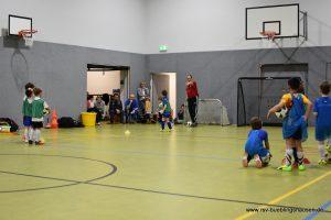 DFB-Mobil zu Gast bei den jüngsten Kickern