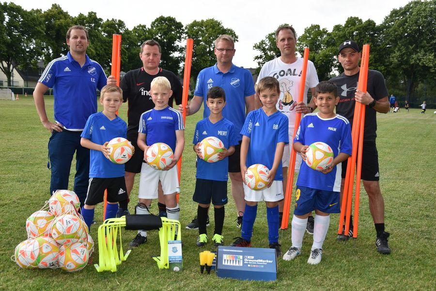Forderverein Unterstutzt Fussball Jugend Mit