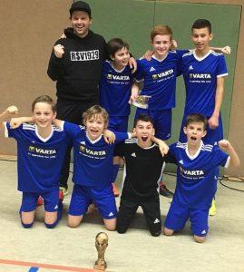 D-Jugend triumphiert bei Turnier in Eschenburg